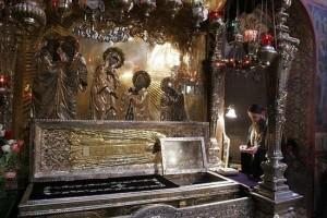 Непрерывная молитва у мощей преподобного Сергия