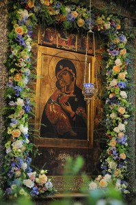 Празднование в честь Владимирской иконы Божией Матери в Сретенском монастыре