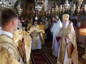 Богослужение на Афонском подворье в Киеве